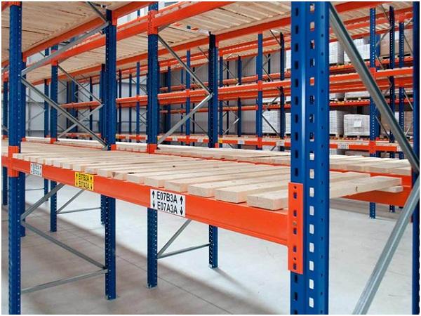 Maximise warehouse space