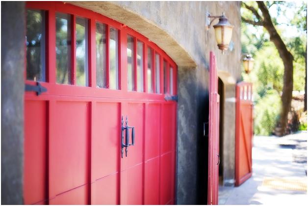 5 More Ways to Upgrade Your Garage Door This Weekend