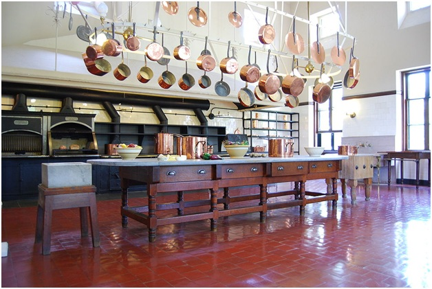 Choosing flooring for kitchen