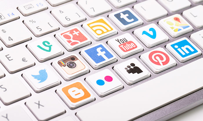 40% of users think that makes social networks just want to sell