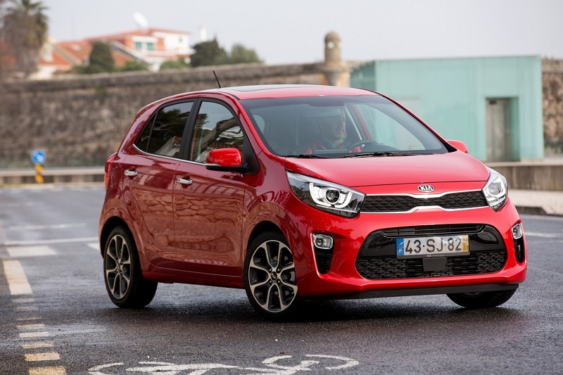 From 67 to 100 hp gasoline, safer and better equipped, this is the new Kia Picanto