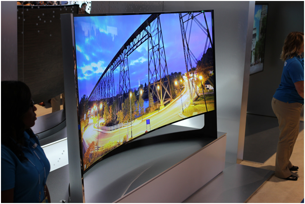Should I buy a TV with a curved screen